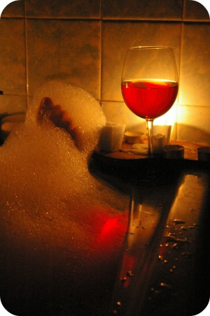 bath-candle-wine-relax